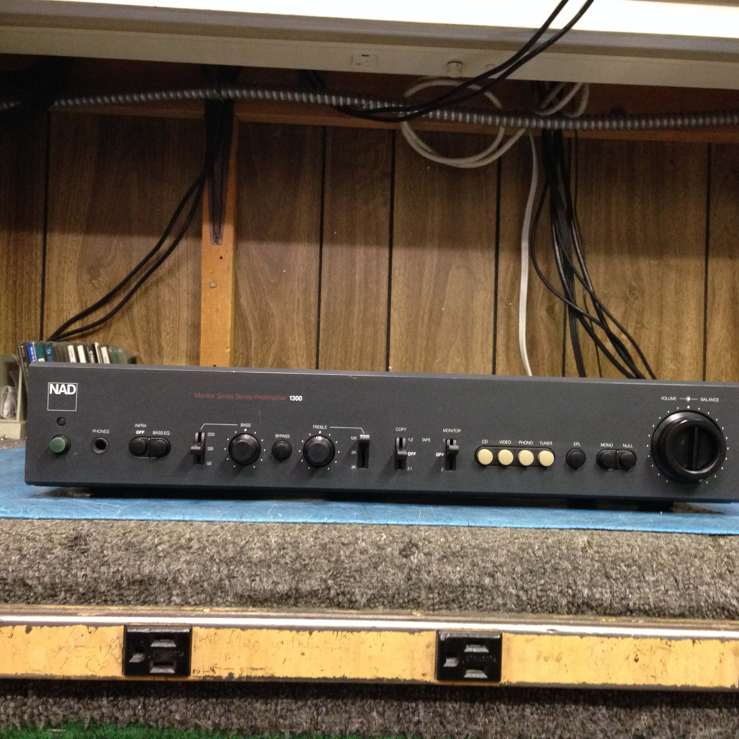 NAD Monitor Series Stereo Preamplifier 1300