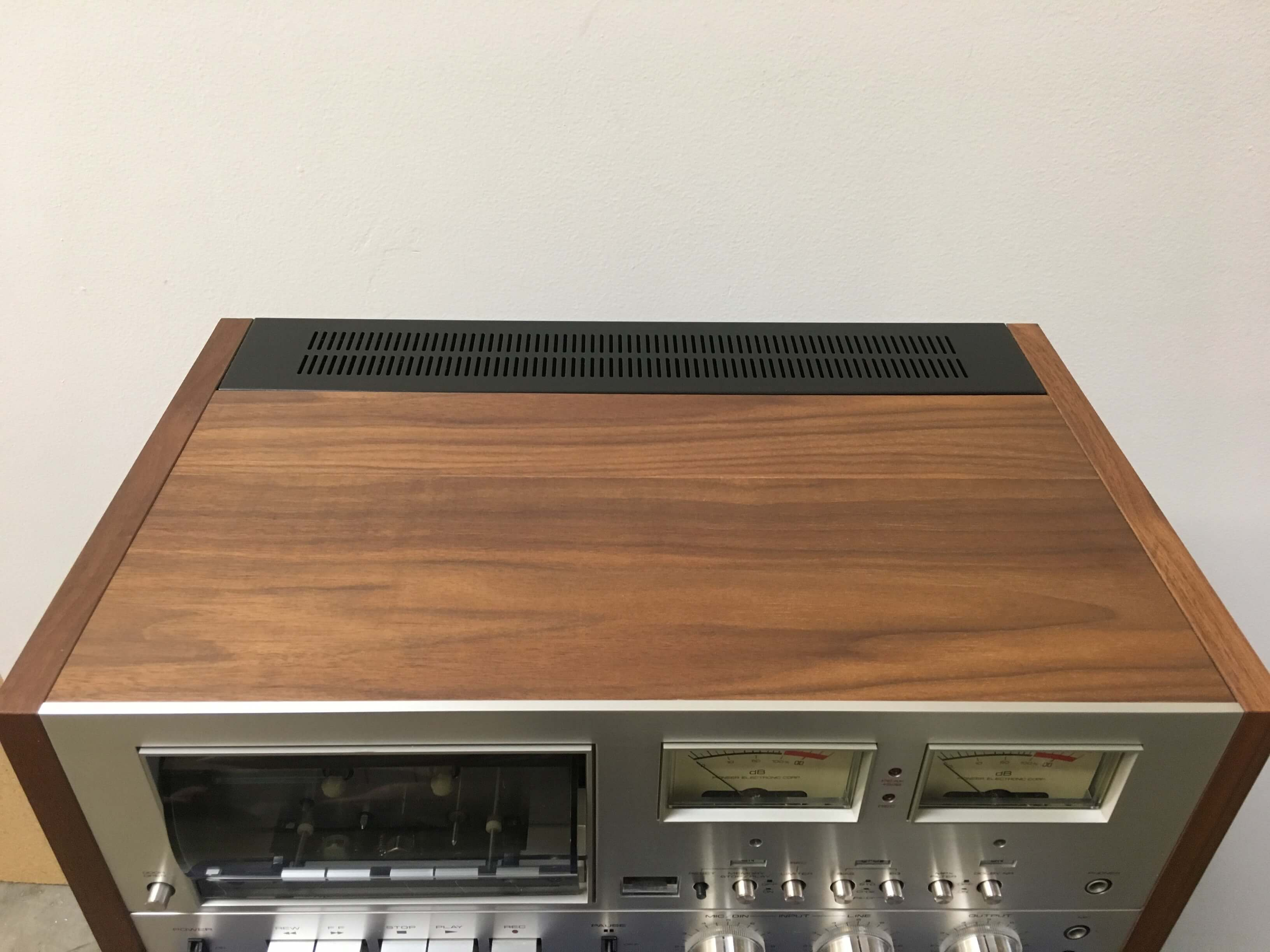 Pioneer SX-1050 receiver and CT-F9191 cassette deck set