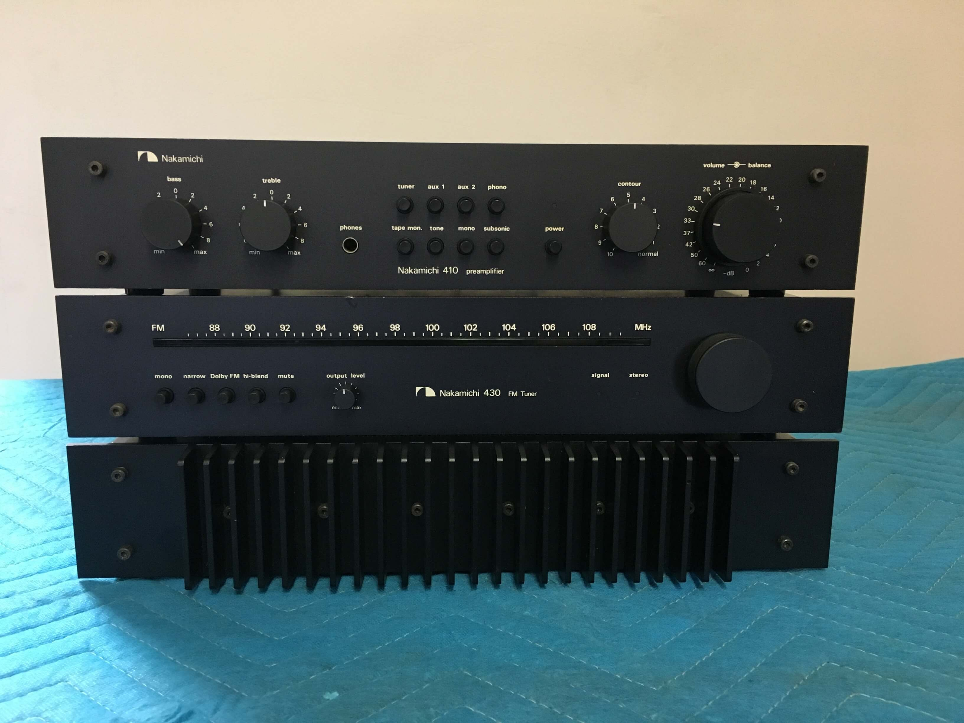 Nakamichi 410 preamplifier, 430 FM tuner and 420 amplifier set