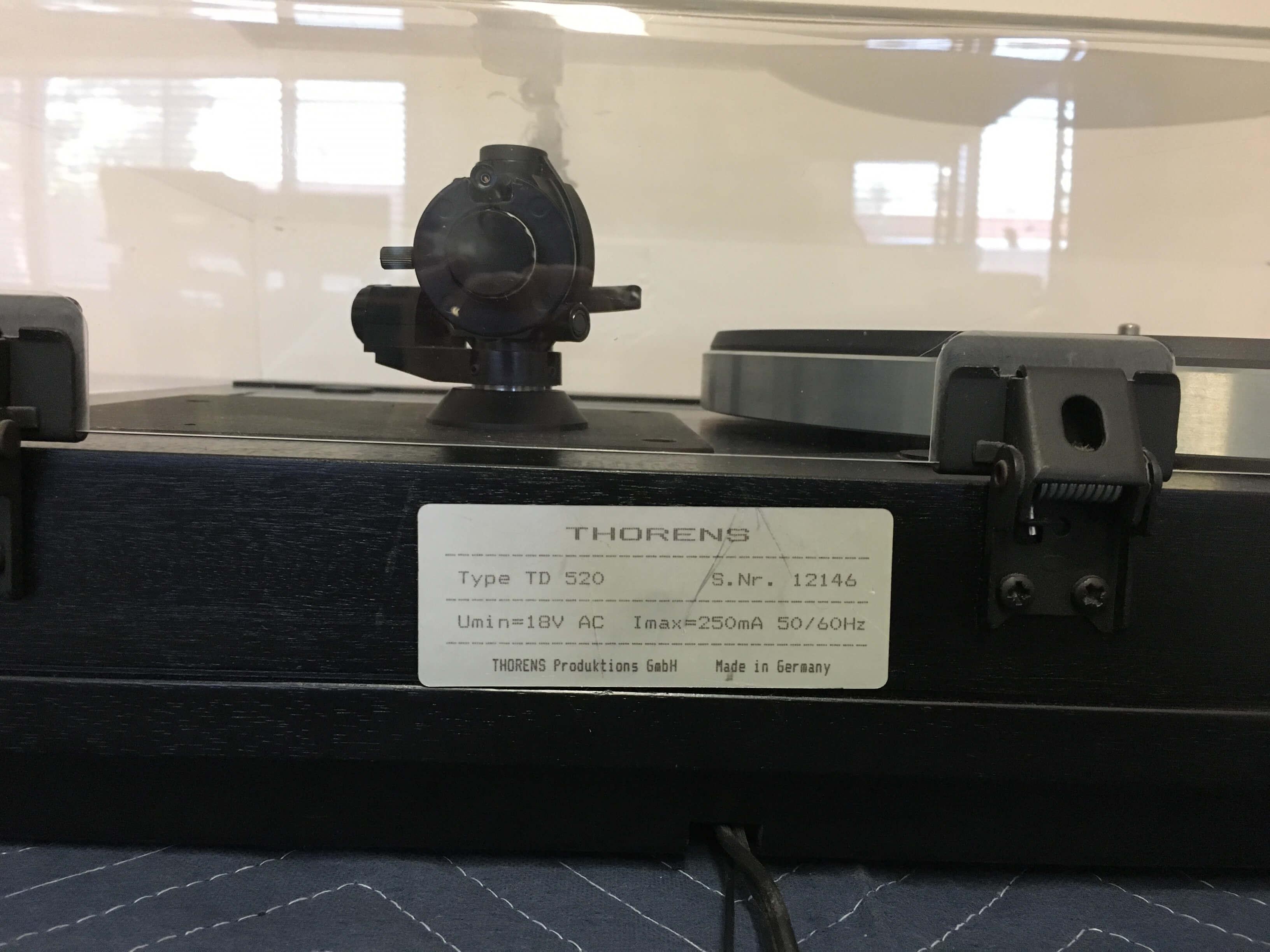 Thorens TD 520 turntable