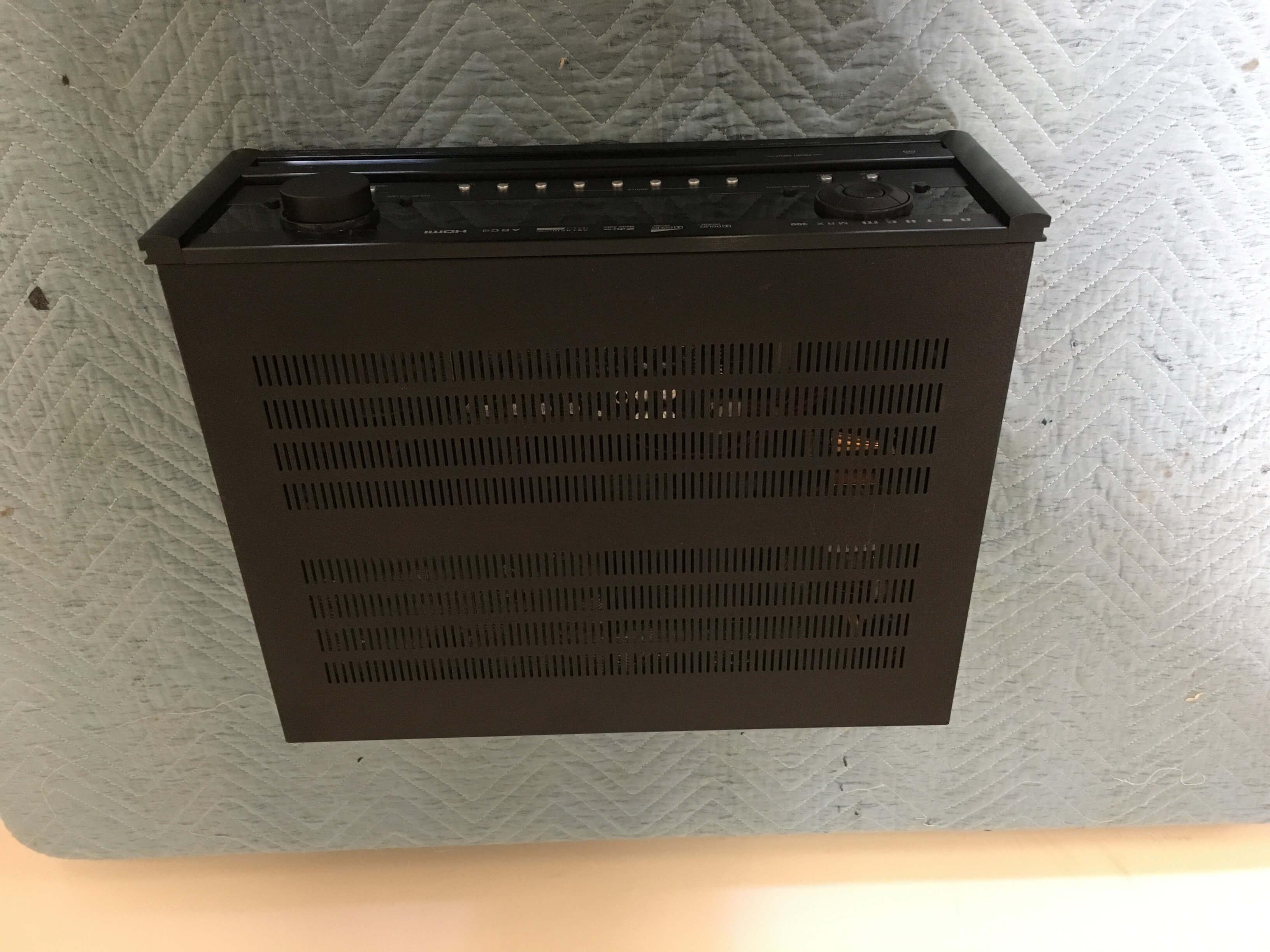 Anthem MRX 300 receiver