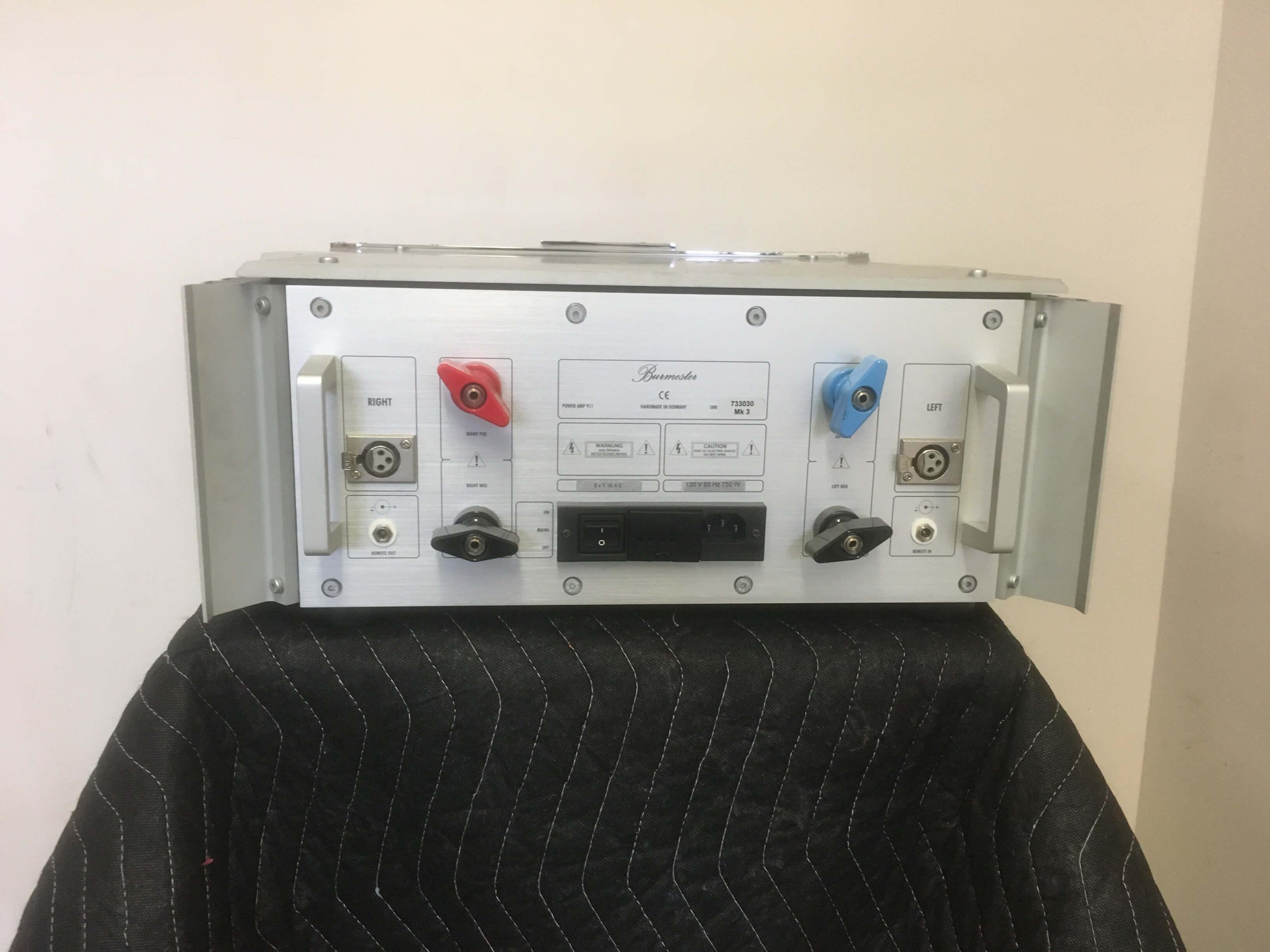 Burmester 911 power amplifier