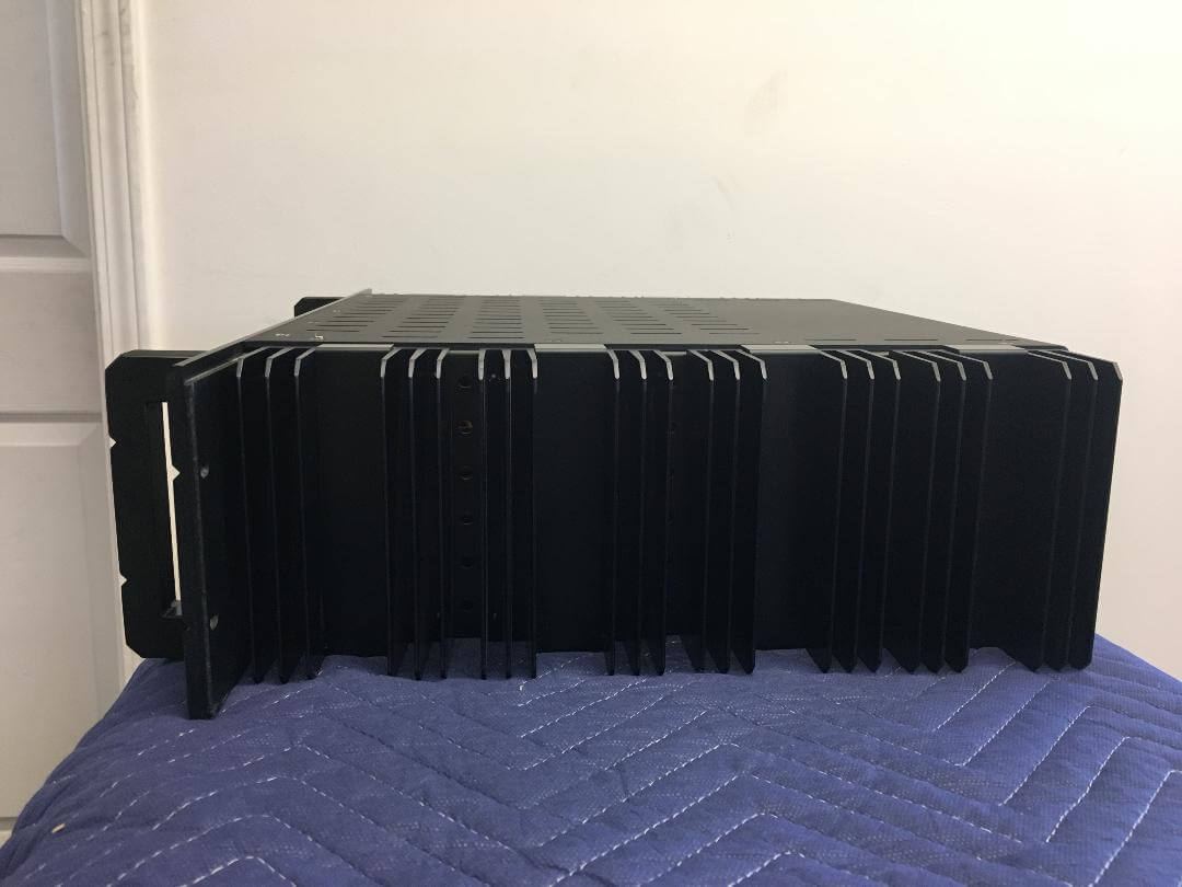 Bryston 4B NRB stereo amplifier