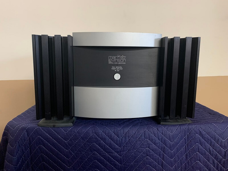Mark Levinson No. 333 dual monaural power amplifier