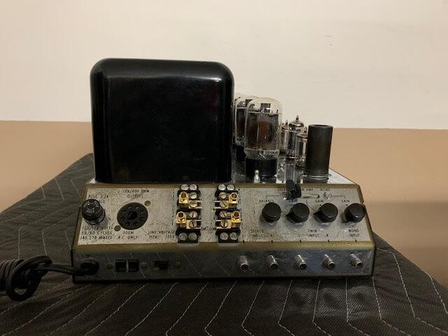 McIntosh 240 stereo amplifier