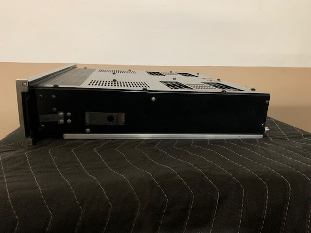 McIntosh C504 preamplifier & MC502 power amplifier
