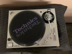 Technics SL 1200MK5 5