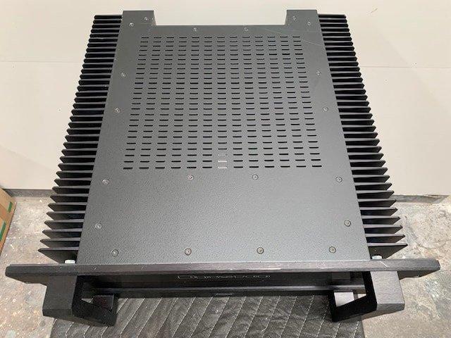 Bryston 14BST amplifier (s/n 202)